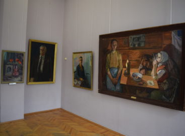 Сальский художественный музей подготовил  большую выставку к юбилею Победы и представляет ее онлайн