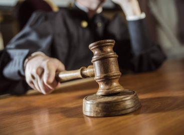 Бывшему первому замглавы администрации Сальского района дали два года условно