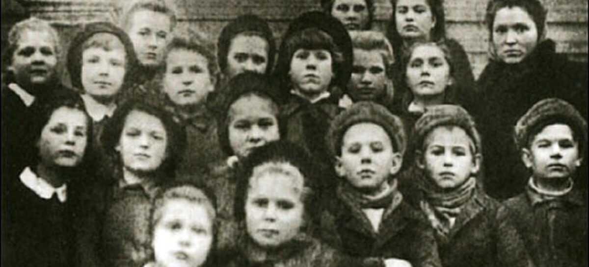 Сальчан приглашают принять участие в конкурсе видеороликов «Моё детство — война»