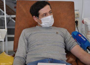 Дончан приглашают активнее сдавать кровь