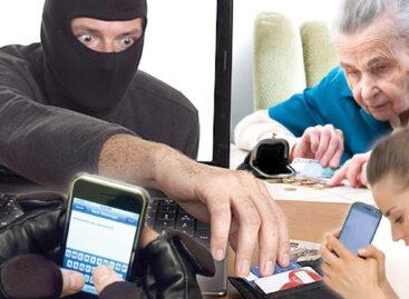 Сальчанка отправила неизвестному мошеннику смс с кодом своей карты и лишилась денег