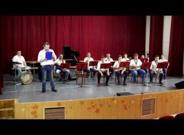 Сальский духовой оркестр записал концерт «Памяти павших будьте достойны»