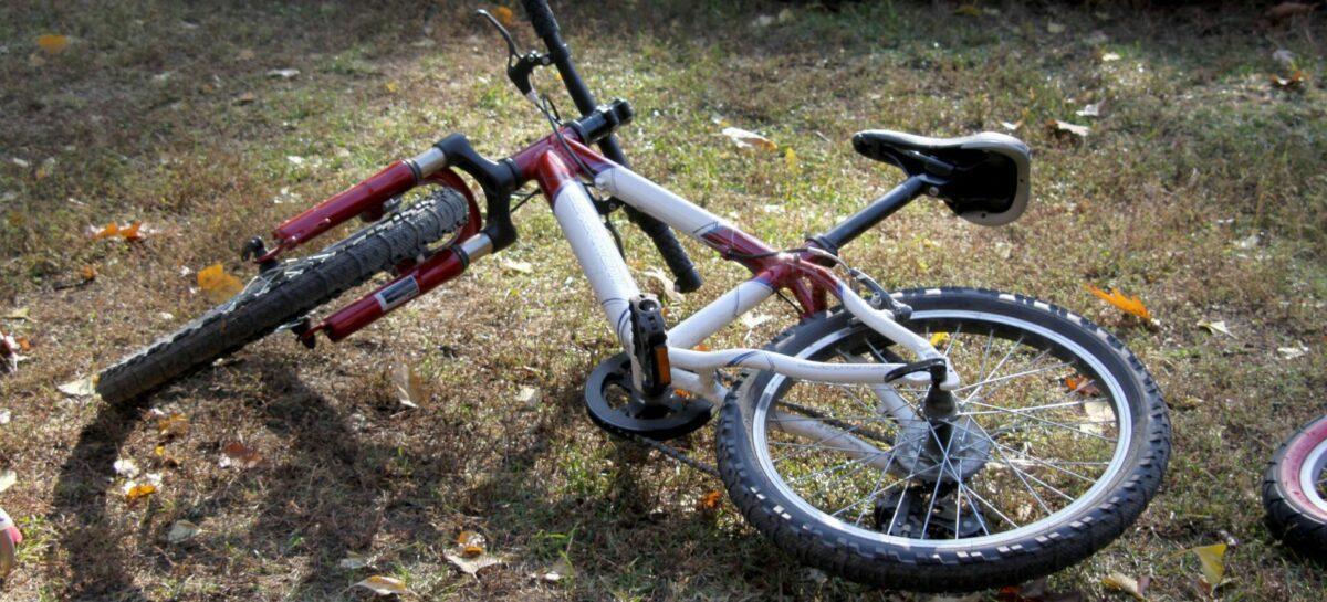 В Сальске после падения с велосипеда мальчик госпитализирован в травматологию