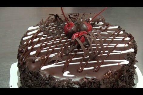 День торта: смотрите репортаж из кондитерского цеха