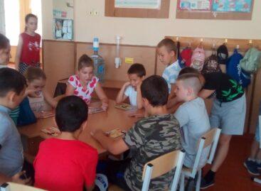 В Сальском районе открылись летние пришкольные лагеря