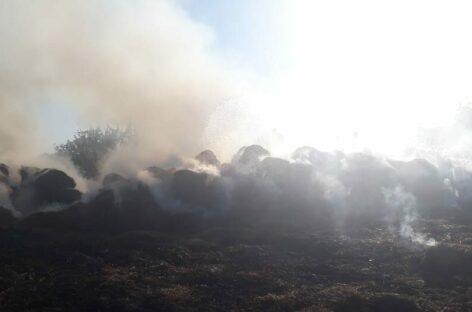 В воскресенье в Ивановке сгорело несколько тонн сена и соломы