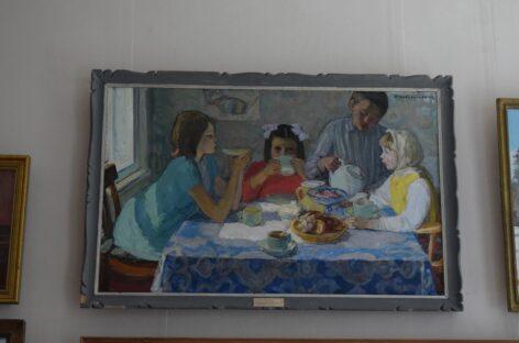 В художественном музее Сальска можно посмотреть новую реэкспозицию