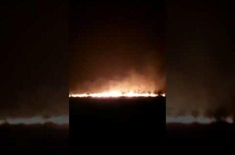 Сильный пожар разгорелся на сальском мусорном полигоне 1 сентября