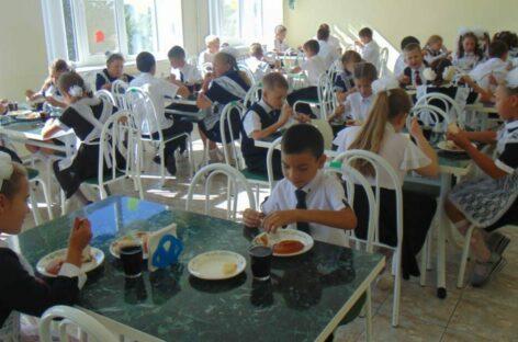 Марина Сенченко: «Нужно соблюсти баланс, чтобы сохранить здоровье детей и учителей и не навредить образовательному процессу»