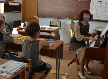 Последолгого перерывавсальской школе искусств № 2 активно включились в работу