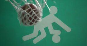 Баскетболистов Сальской ДЮСШ, отличившихся на тренировке, поощряют призами