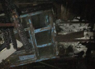 Из-за неосторожного обращения с огнём жителя села Бараники загорелась хозпостройка