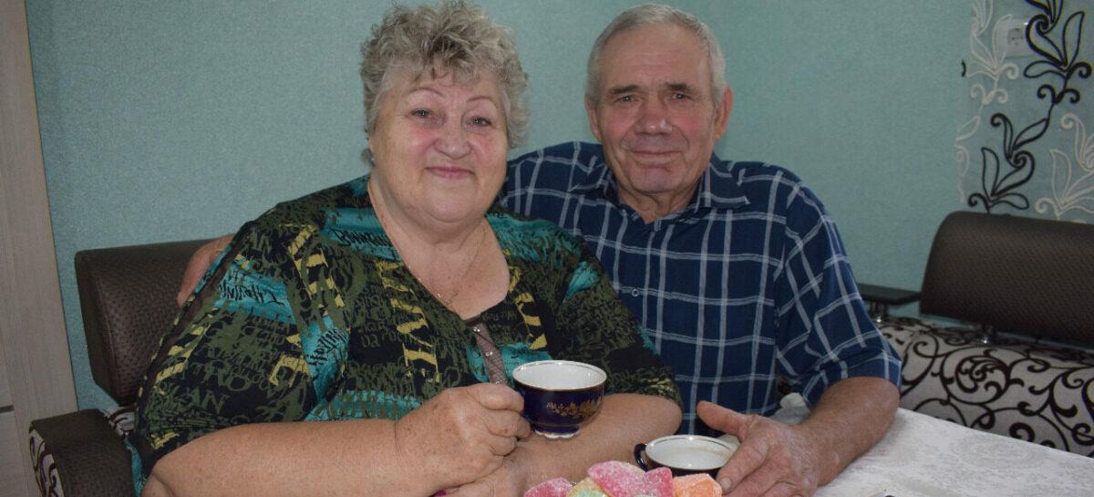 Супруги Прилепины из Степного Кургана отмечают золотой юбилей со дня свадьбы