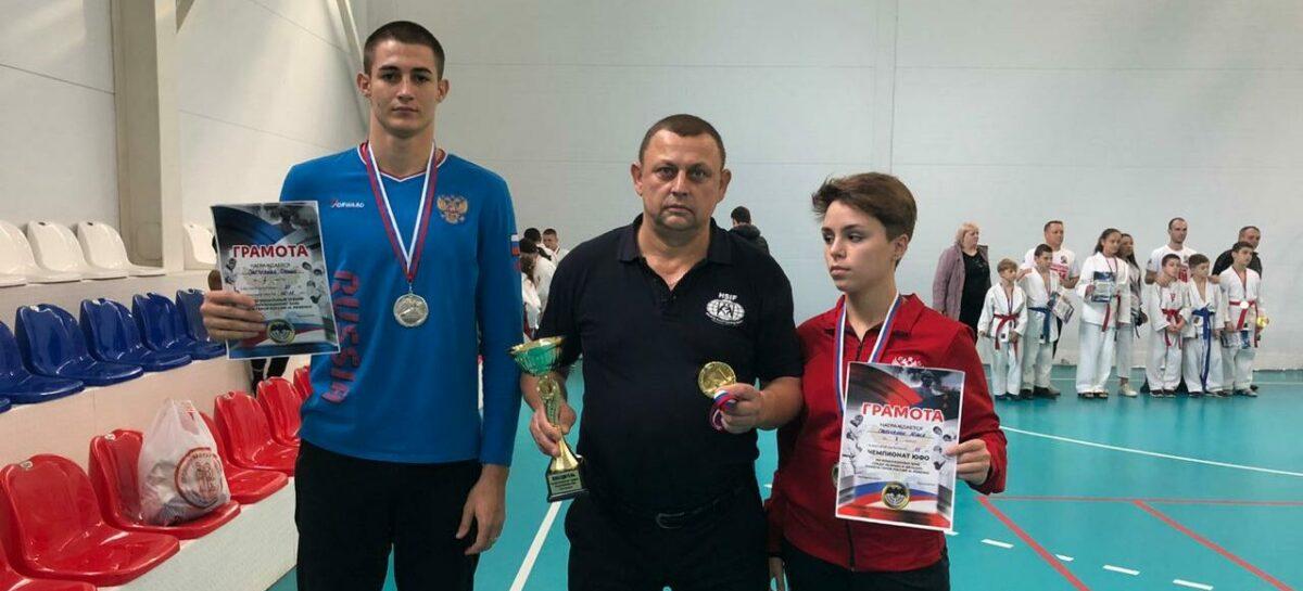 Четыре «серебра» завоевали сальские рукопашники в Волгодонске