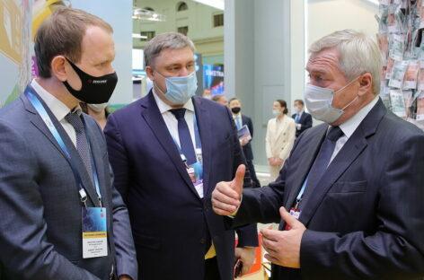 Подписано два договора по транспортному развитию Ростовской области