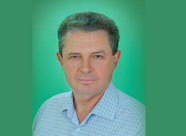 Сердце, дарованное людям: от последствий коронавируса умер известный сальский педагог Александр Ковалёв