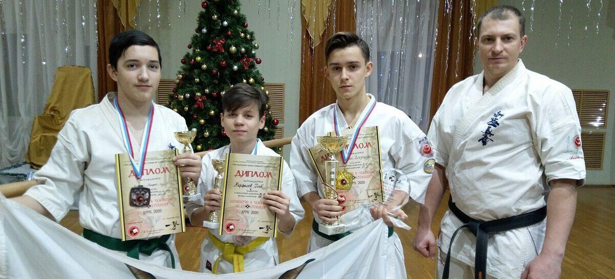 «Золото» и две «бронзы» — из Краснодара: сальские каратисты успешно выступили на важных соревнованиях