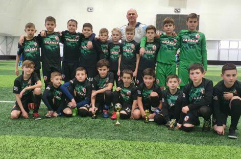 Сальские футболисты победили в Азове