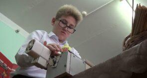 Станок, созданный по идее шестиклассника, работает на Cальской cтанции юных техников