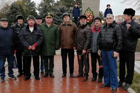 Это поколение считает себя продолжателями традиций ветеранов Великой Отечественной войны