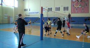 Волейболисты в Сальске открыли сезон