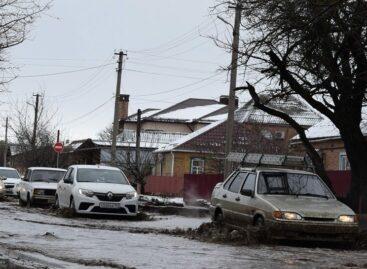 Шоу плавающих машин: что еще рассказали жители вечно затопленной улицы Крупской