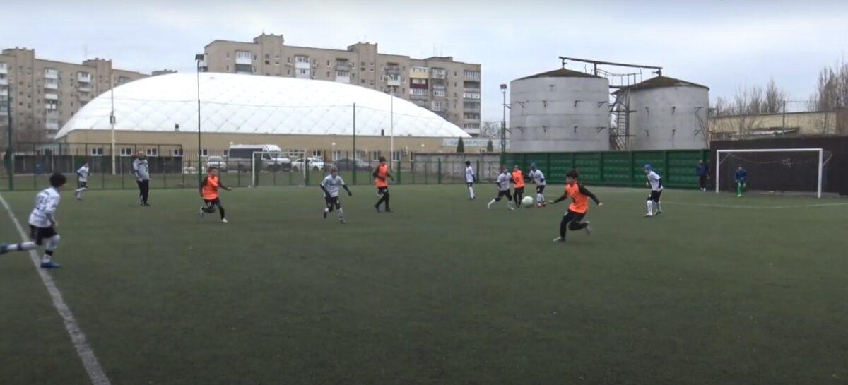 Футболисты Сальской ДЮСШ начали борьбу на ростовском первенстве