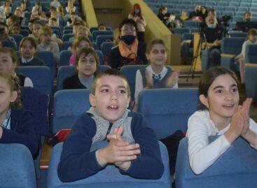 Сальские школьники побывали в необычном «космическом» путешествии