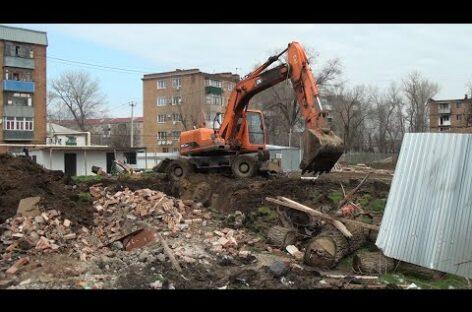 В военном городке демонтируют старые объекты коммунальной инфраструктуры