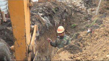 В микрорайоне Капустино продолжается строительство важного коммунального объекта — канализационного коллектора