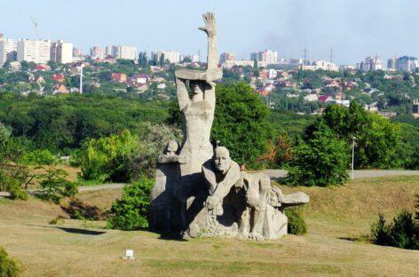 Традиции празднования Дня Победы в Сальске заинтересовали исследователей военной истории из Москвы