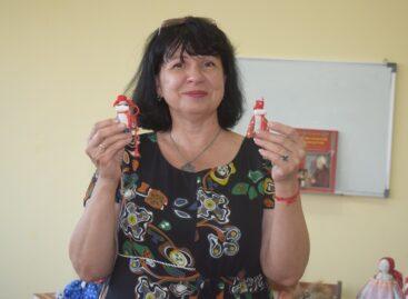 Людмила Глущенко: её куклы меняют жизнь к лучшему
