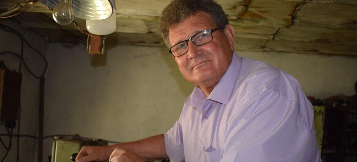 Орденоносец из Сандаты Виктор Харченко рассказал о жизни, работе и песне