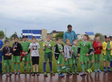 Сальские футболисты стали третьими в Новопокровской