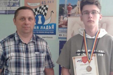 Сальчане отличились на шахматном фестивале в Азове