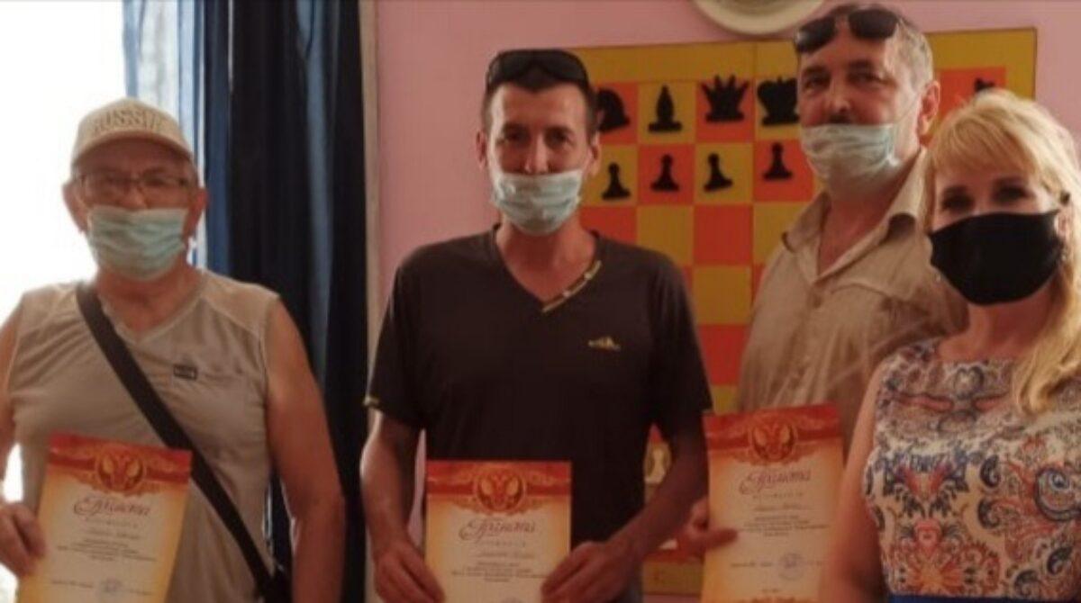 Блиц-турнир состоялся в Сальске в Международный день шахмат