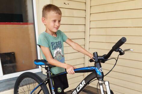 Спортсмены ДЮСШ Сальского района получили в дар семь велосипедов