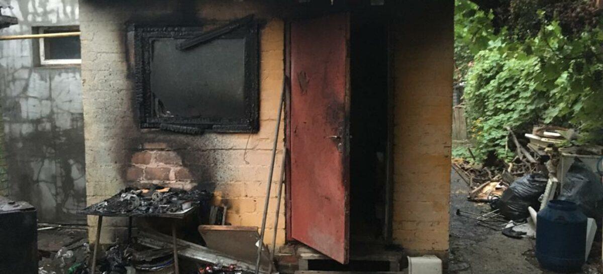 В Сальске бдительные соседи не дали разыграться огню
