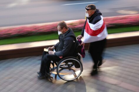 ПФР разъяснил порядок выплат по уходу за инвалидами и престарелыми