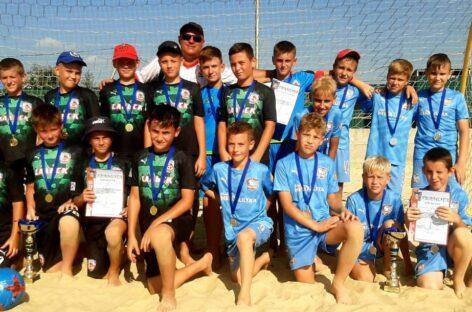 Воспитанники Павла Сосова выиграли турнир по пляжному футболу