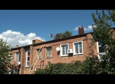 Трубы заменят, крыши перекроют: в сальских многоэтажках идет капитальный ремонт