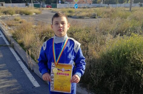 Три медали завоевали в Таганроге сальские картингисты