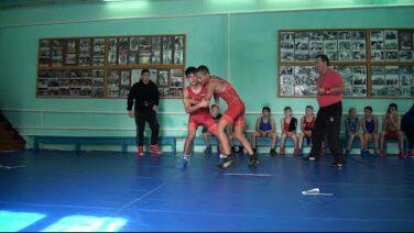 Клубу греко-римской борьбы имени Ангельева — 60: в Гиганте прошли соревнования