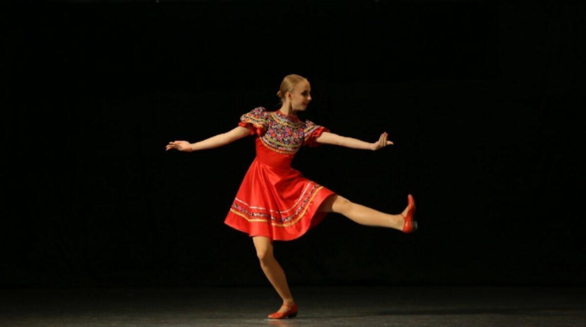 Солистки шоу-балета «Ренессанс» завоевали награды на фестивале «Слияние культур» в Казани