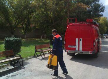 В Сальском районе спасатели продолжают обработки территорий